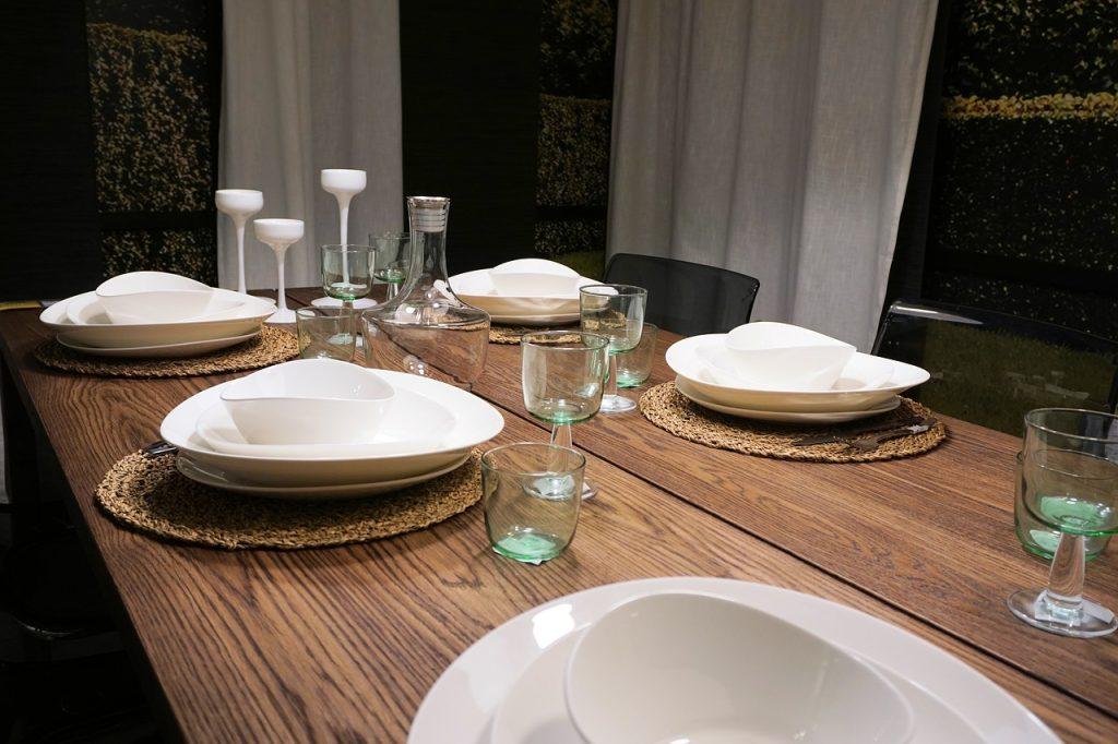 table dressee