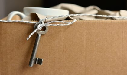 Passer ses meubles par la fenêtre dans le cadre d'un déménagement